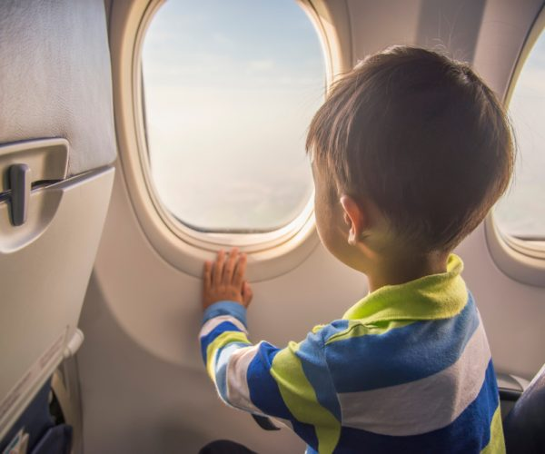 Tips on Flying with Kids for a Vacation